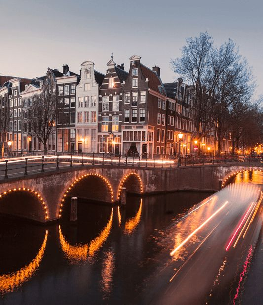 Autohuur bij Avis Nederland. Bekijk onze deals.