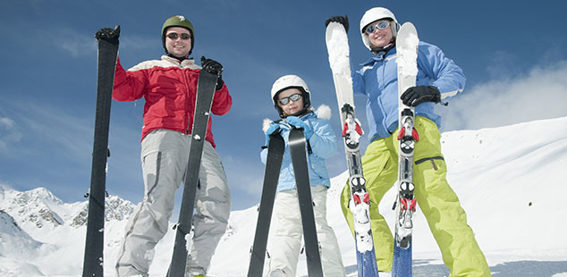 Takbox för dina skidor med Budget Biluthyrning