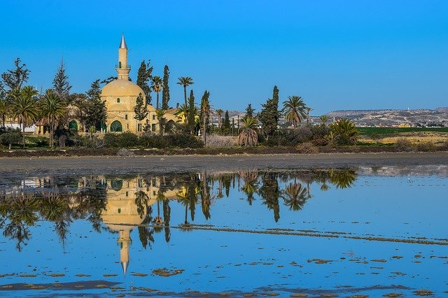 Car hire from Larnaca Airport with Avis