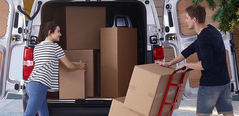 What do you need to move, in an Avis van?