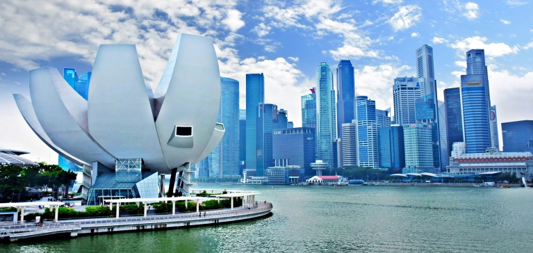 Save 15% off rentals in Singapore