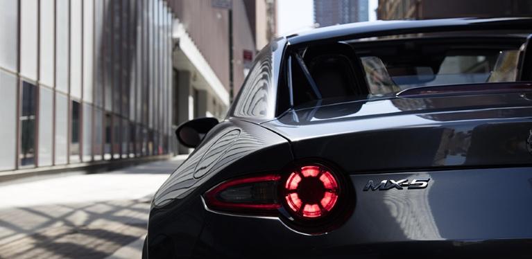 Mazda MX-5 bérlés Avis