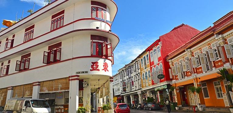 Enjoy 10% off rentals in Singapore