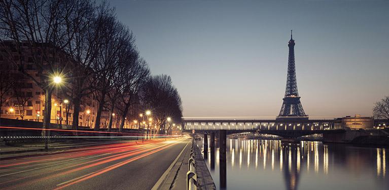 Paris och Avis